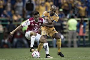 León vence a Tigres ante los ojos de Torrente