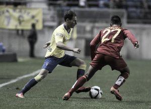El Villarreal suda sangre para vencer al Cádiz