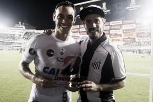 Em noite perfeita na Vila, Ricardo Oliveira vira quarto artilheiro do Santos na Libertadores