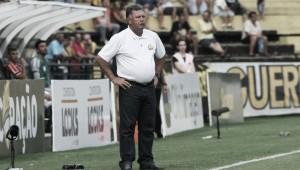 """Roberto Cavalo assume responsabilidade no revés diante do Paysandu: """"O erro é meu"""""""