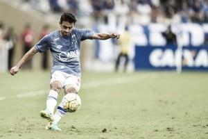 Feliz no Cruzeiro, Robinho pensa em expandir vínculo e classifica 2016 como positivo