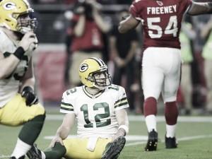 Los Colts sobreviven, los Packers se hunden