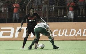 Rodney volta a ser opção no Sport após atuar pela Costa Rica, mas Oswaldo não define equipe