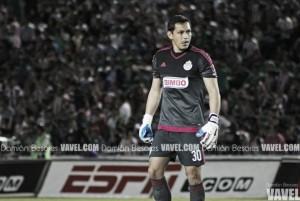 Hay Rodolfo Cota para un año más en Chivas