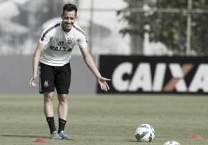 """Rodriguinho analisa renovação no Corinthians: """"Se for bom para todo mundo"""""""