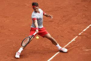Roland Garros, Federer supera Tursunov