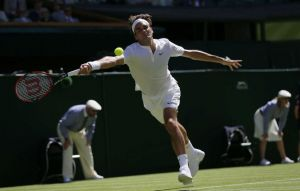 Wimbledon: Roger Federer Cruises Into Second Round