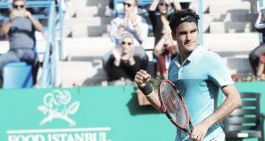 Federer supera a un impresionante Gimeno-Traver para meterse en la semifinal