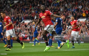 Late onslaught closes out almost-perfect week for Manchester United