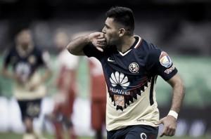 Silvio Romero no se siente en deuda con la afición