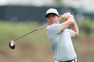 Rory McIlroy asalta el liderato del PGA Championship