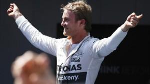FP2, Rosberg brilla nelle luci di Abu Dhabi