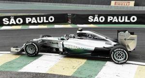 Nico Rosberg no se rinde y comienza imponiéndose a Hamilton en Brasil