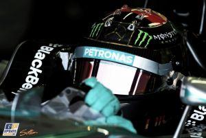 Mercedes marca el ritmo en unos Libres 3 con muchos problemas