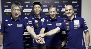 Valentino Rossi y Yamaha, dos años más juntos