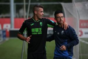 Rubén Sánchez sufre una lesión en la rodilla derecha