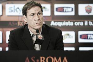 """Roma, Garcia difende la squadra: """"Solo spazzatura su di noi. No al ritiro"""""""