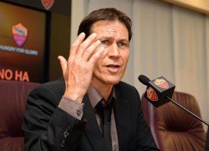 "Roma, Garcia: ""Indispensabile pensare solo al Verona"""