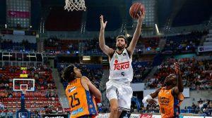 El Real Madrid doblega al Valencia Basket