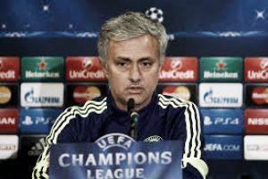"""Jose Mourinho: """"Un gran equipo se quedará fuera de la Champions League"""""""