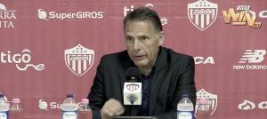 """Miguel Ángel Russo: """"Fueron dos equipos parejos; la diferencia la sacó el árbitro"""""""