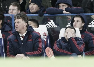 Louis van Gaal deeply frustrated as United concede late to Chelsea