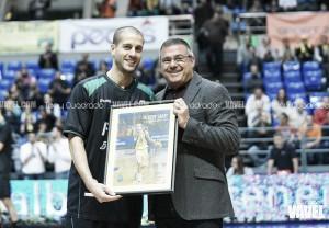Albert Sàbat recibió el homenaje del Iberostar Tenerife