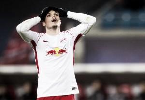 Lateral Marcel Sabitzer será submetido a cirurgia no ombro e desfalca Leipzig por três meses