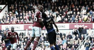 West Ham 2-1 Manchester City: Sakho's header beats champions