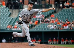 Chicago White Sox Hold On To Beat Baltimore Orioles 3-2 In Game 1