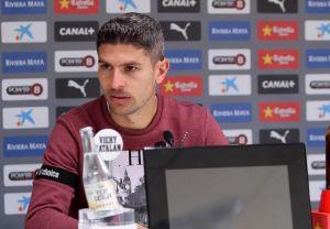 """Salva Sevilla: """"Ya estamos pensando en la Liga"""""""