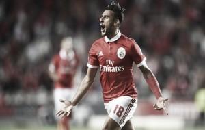 Benfica goleó a Belenenses y sigue firme en la punta