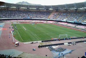 Napoli: crollano gli abbonamenti al San Paolo