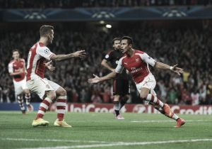 Sanchez sends Arsenal into Champions League
