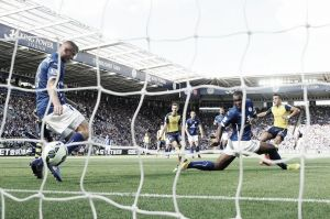 Arsenal find going tough at Leicester