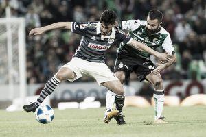 Con inesperado empate, Santos y Chivas abren el telón
