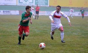 Vidal pone la ventaja para ir a Canarias
