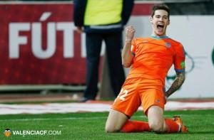 Santi Mina, la alegría de Mestalla