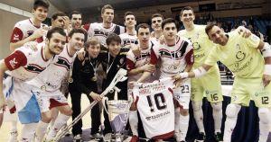 Santiago golea a Burela y sonríe con su sexta Copa Xunta