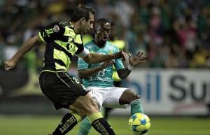 León y Santos tienen agridulce empate