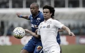 Santos se aproxima dos líderes ao vencer Cruzeiro e frustra reestreia de Mano Menezes