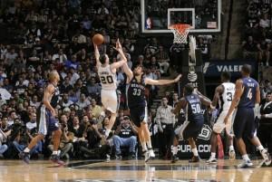 NBA: uragano Leonard, Grizzlies spazzati via dagli Spurs