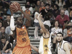 Valencia Basket vence por inercia