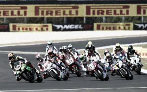 Primera carrera del GP de Australia de Superbikes en vivo y en directo online