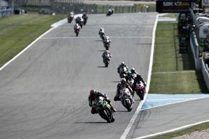 Primera carrera de Superbikes del GP de Donington Park en vivo y en directo online
