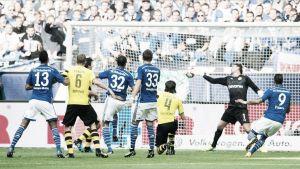 Dos errores condenan al Dortmund ante el Schalke
