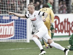 SC Freiburg 2-0 FC Augsburg: Petersen and Schmid send Freiburg out of the relegation zone