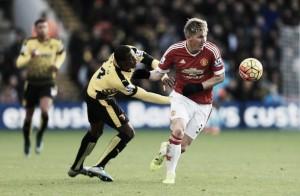I primi gol in Premier League di Depay e Schweinsteiger mandano il Manchester United in vetta