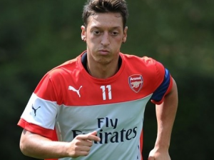 Can Arsenal afford to let Özil leave?