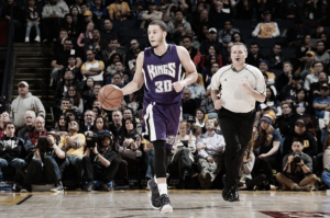 Dallas Mavericks and guard Seth Curry agree to terms on two-year deal